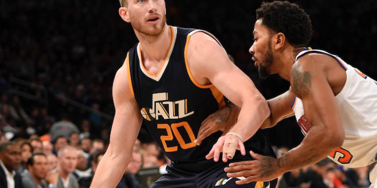 Hayward debuta y ayuda al Jazz a vecer a los Knicks