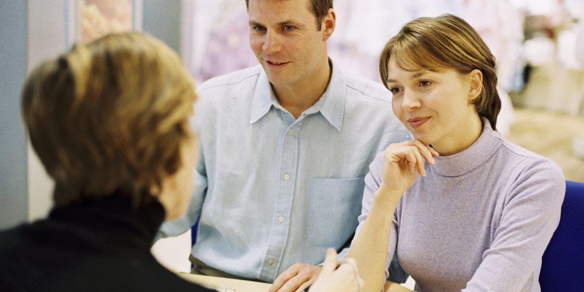 ¿Cómo puedes mejorar  tu relación con  los clientes?