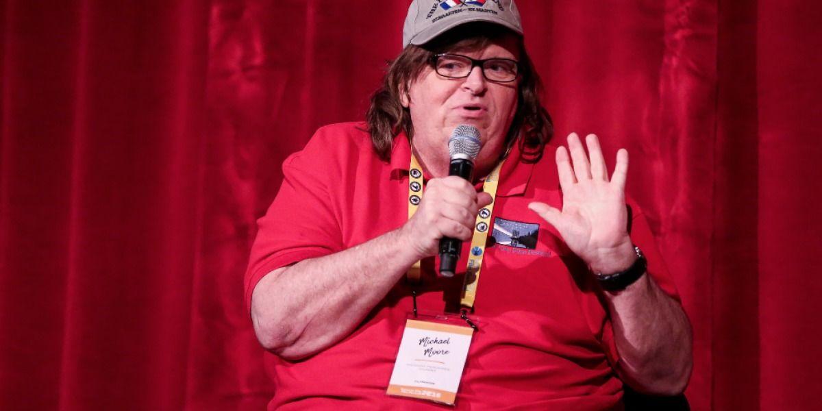 Michael Moore: Todo el mundo debería estar