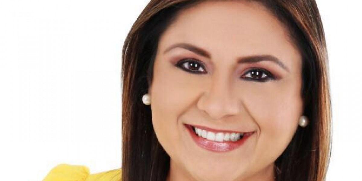 Reaparece Maritere para votar íntegro bajo la Pava