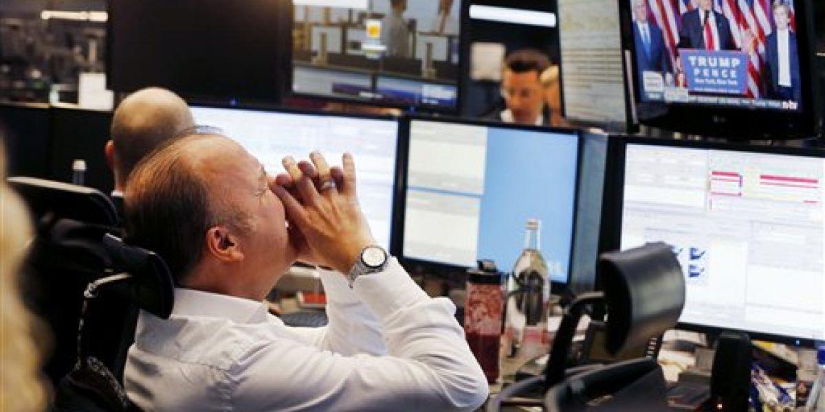 Wall Street abre con leve baja