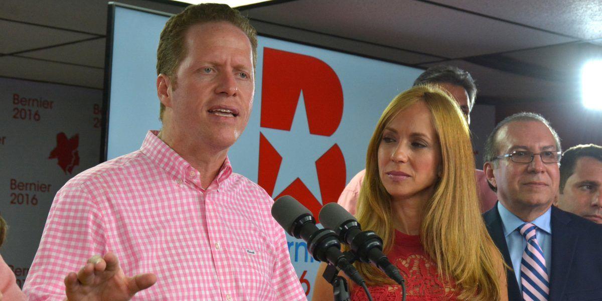 Alcaldes electos del PPD dan voto de confianza a David Bernier
