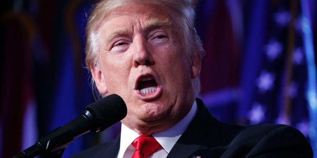 Ventas de libros de Trump se disparan tras elecciones
