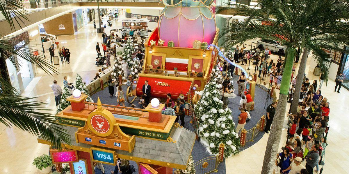Regresa a The Mall of San Juan la Academia de Santa