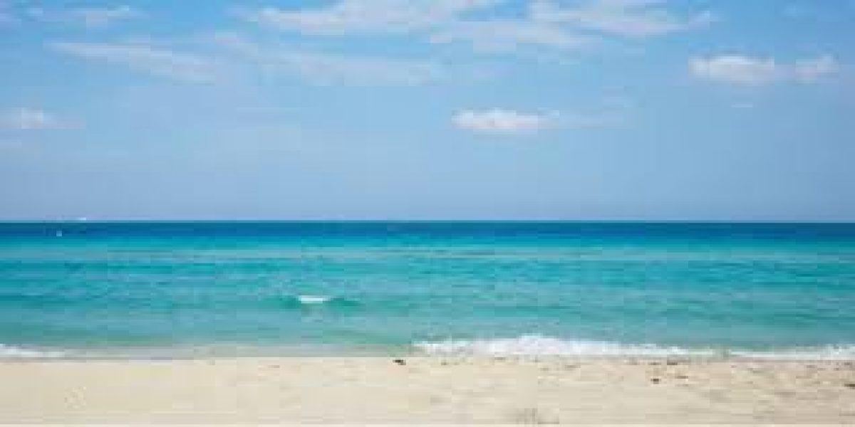 Hombre se ahoga en playa de Barceloneta