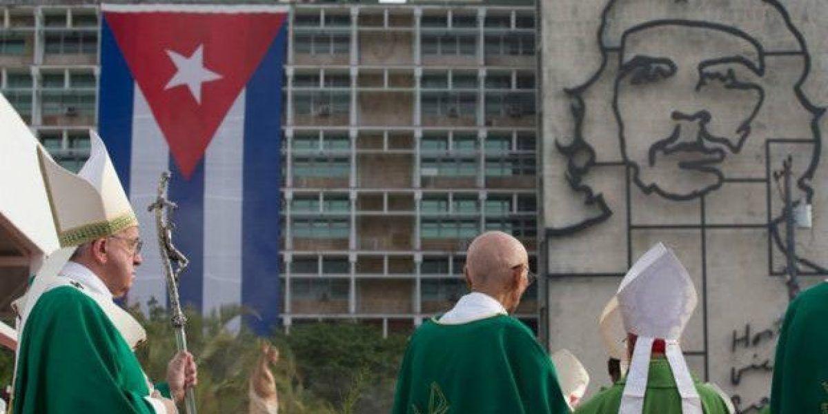 Cuba indulta a más de 700 presos comunes tras llamado papal