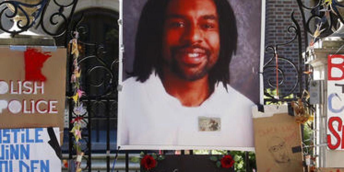 A juicio policía de Minnesota por matar a hombre negro