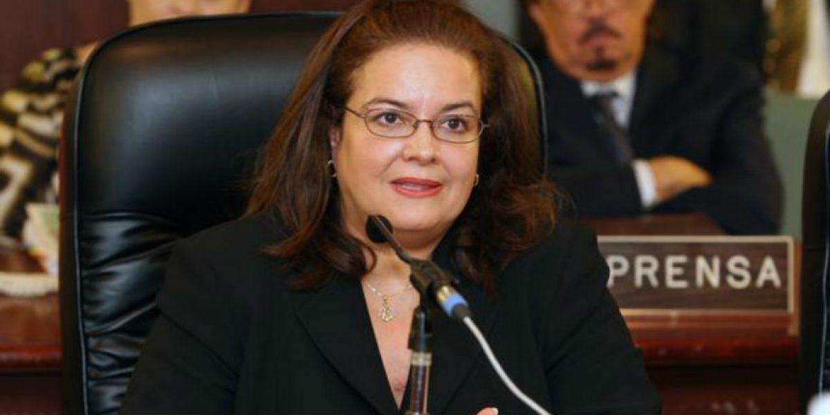 Opinión parcialmente adversa de la contralora al Municipio de Cataño