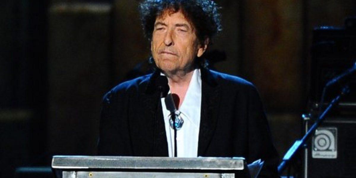 Bob Dylan podría dar discurso por Nobel el próximo año