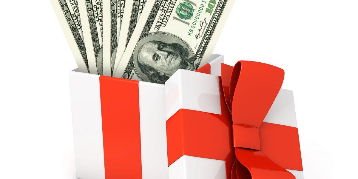 Casi 300 patronos piden no pagar bono de Navidad
