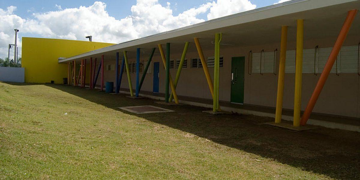 Educación ayudará a escuela de maestro asesinado en