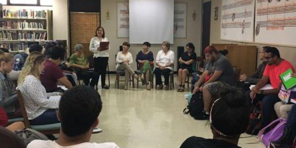 UPR-Cayey discute la práctica de la Psicología en Cuba