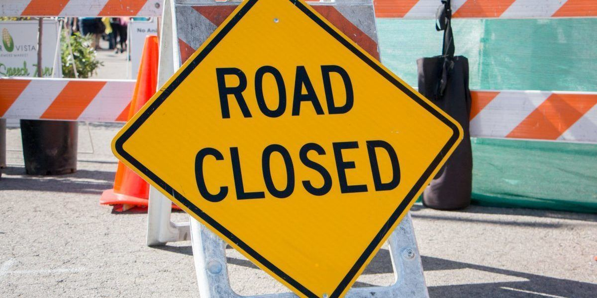Anuncian desvíos en carreteras por eventos y actividades durante la semana