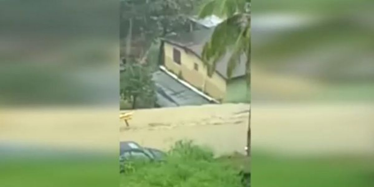 Vaguada provoca caos en varios pueblos de la isla