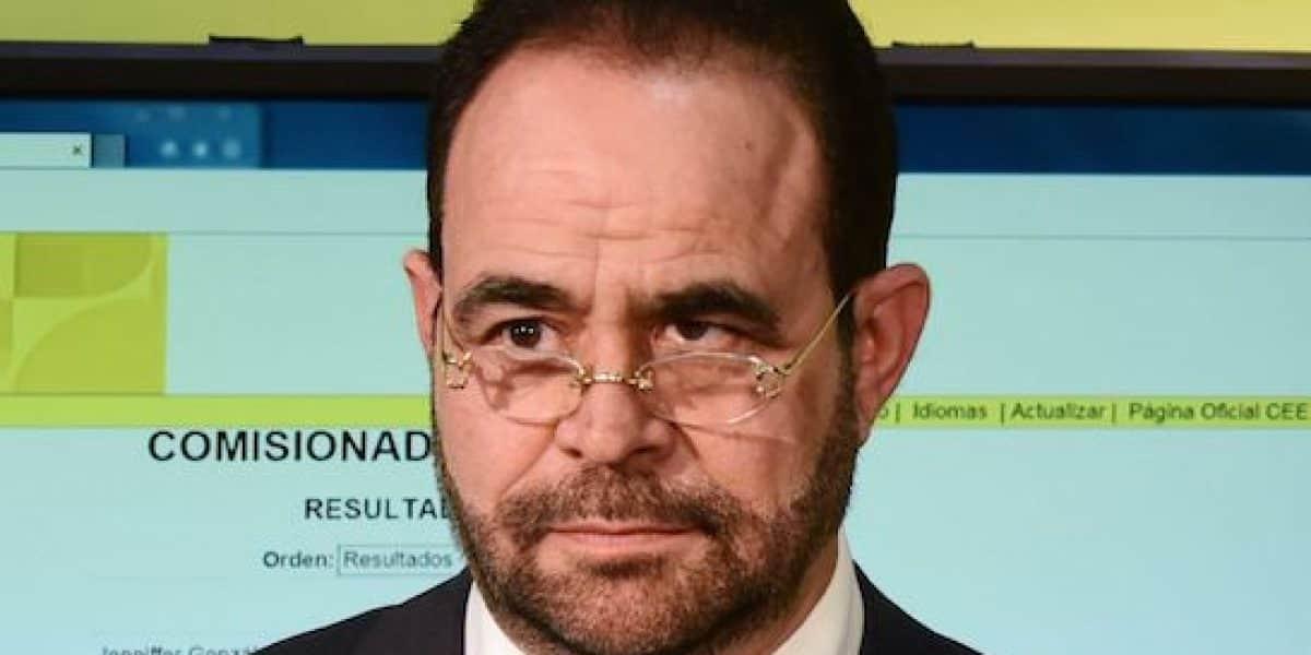 Renuncia Vega Borges como comisionado electoral de la Palma