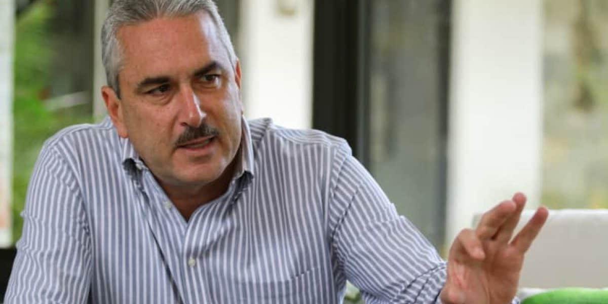 Rivera Schatz presentará nueva legislación contra cenizas por