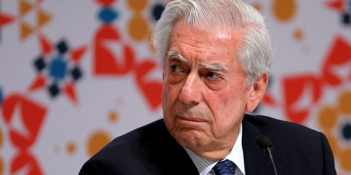 Escritor Vargas Llosa ve