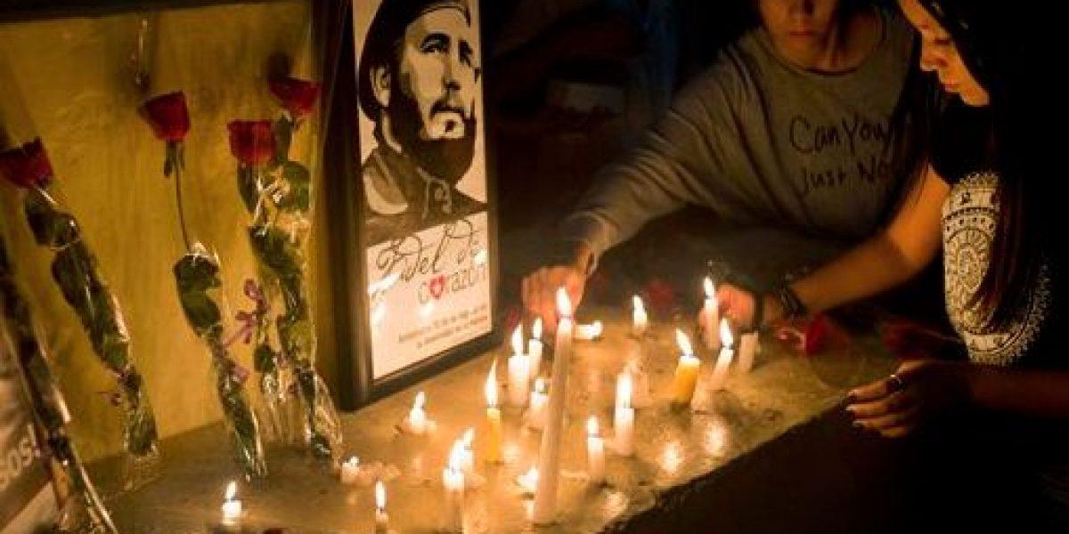 Con esperanzas y dudas, los cubanos encaran futuro sin Fidel