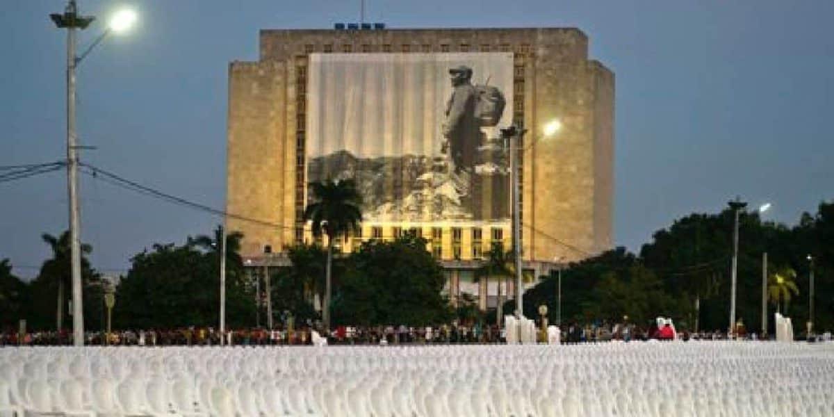 Llegan líderes internacionales para tributo a Fidel Castro