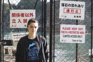 Maisie Williams: Dejen de ir a espectáculos con delfines