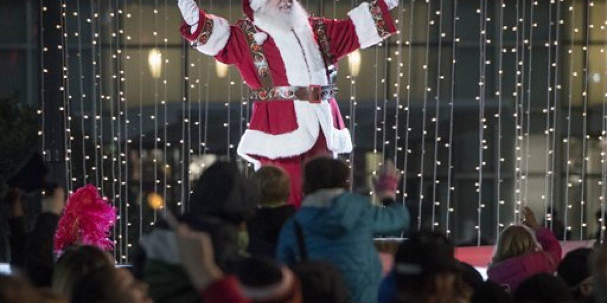 Tienda contrata por primera vez a un Santa Claus negro
