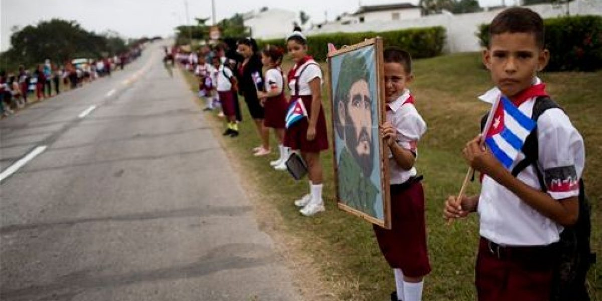 Caravana con restos de Castro casi culmina periplo por Cuba