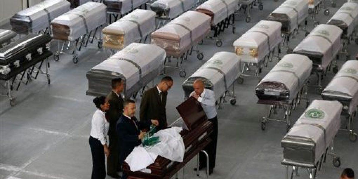 Llegan a Brasil los cuerpos de víctimas de accidente aéreo