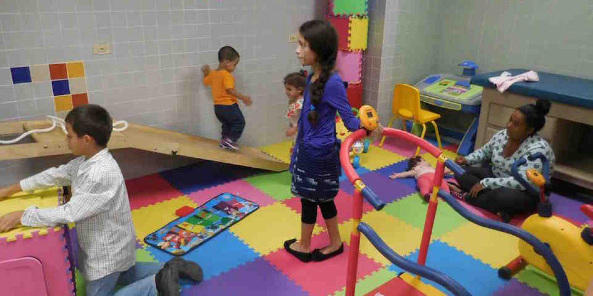 Hospital Ryder inaugura centro de rehabilitación pediátrico de terapia física