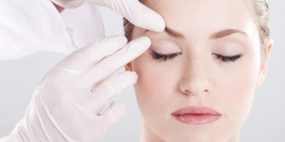 Presentan denuncia criminal contra mujer que ofrecía tratamientos cosméticos con silicona liquida