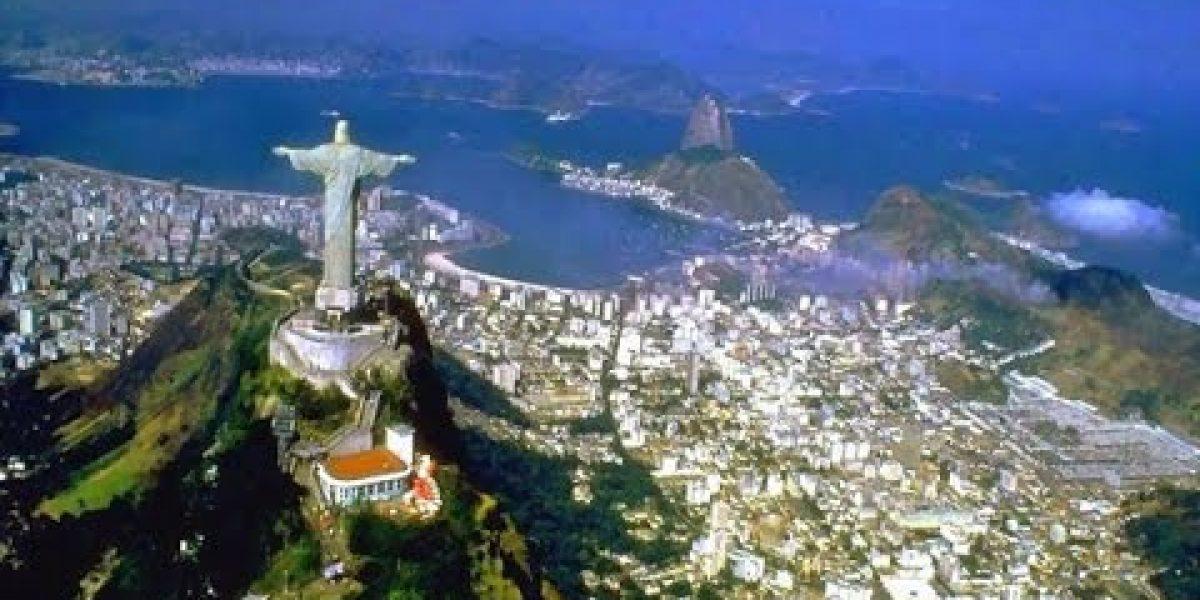 Miles protestan contra corrupción en Brasil