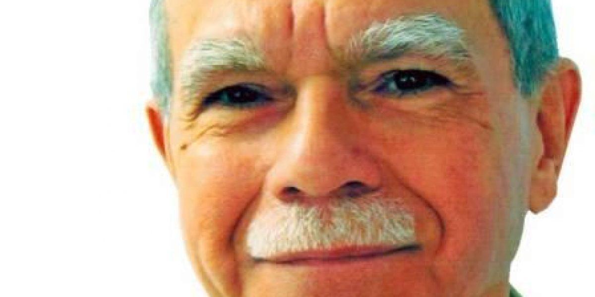 Fortalecido movimiento estadista tras conmutación Oscar López, según secretario PNP