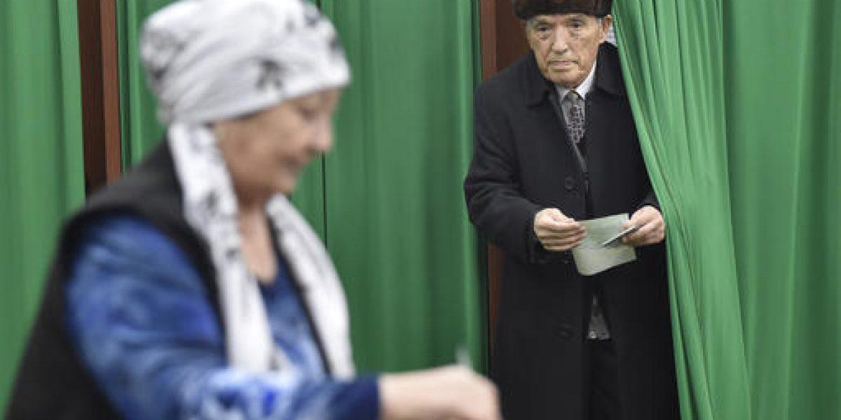 Presidente interino gana elecciones en Uzbekistán
