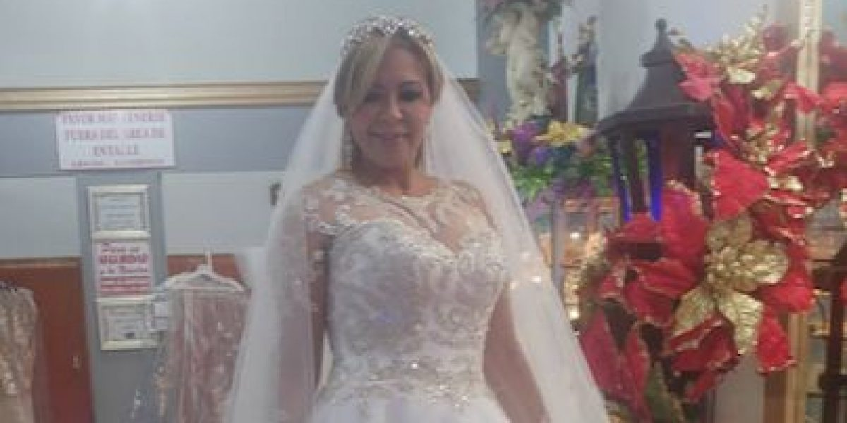 ¿Evelyn Vázquez encuentra su traje de novia?