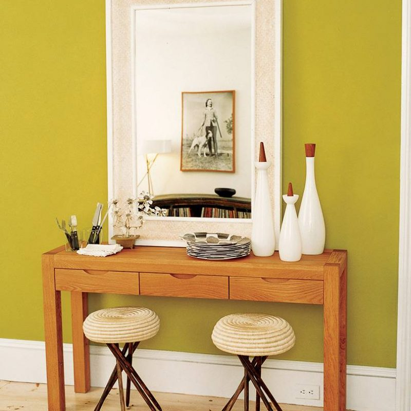 decorating-with-green-green-dining-room-51f688dd9ac35f9c3bc41948-w1000_h1000