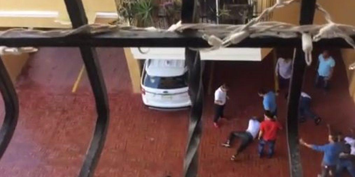 Video: Vecinos sorprenden cuatro asaltantes en pleno robo