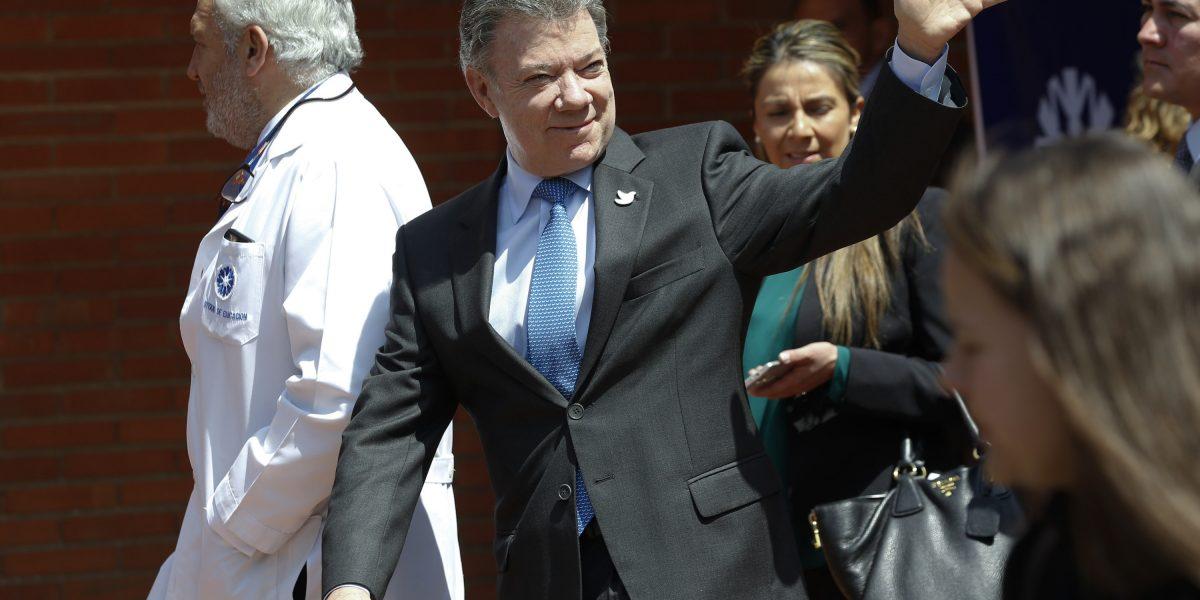 Presidente colombiano viaja a recibir Premio Nobel de la Paz