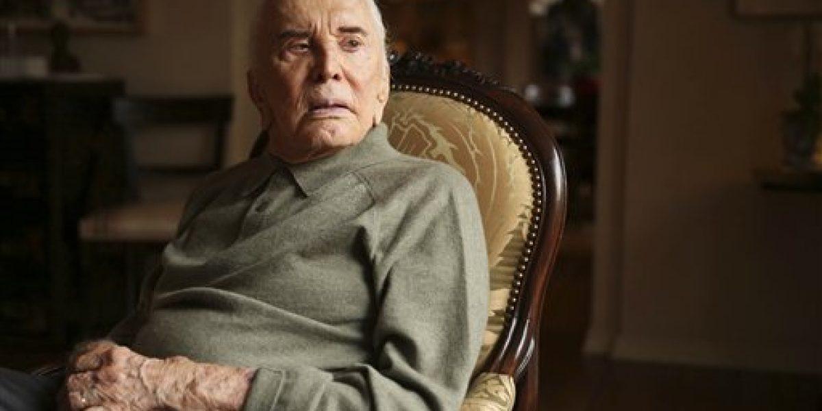 Ícono de Hollywood Kirk Douglas cumple 100 años