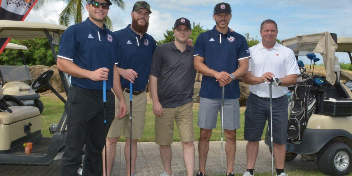 Exitoso torneo de golf de Carlos Correa