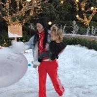 Kourtney Kardashian y su hija Penélope. Imagen Por: