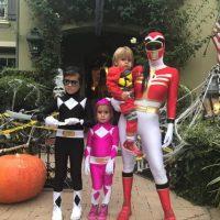 Kourtney Kardashian y sus hijos Mason, Penélope y Reign. Imagen Por: