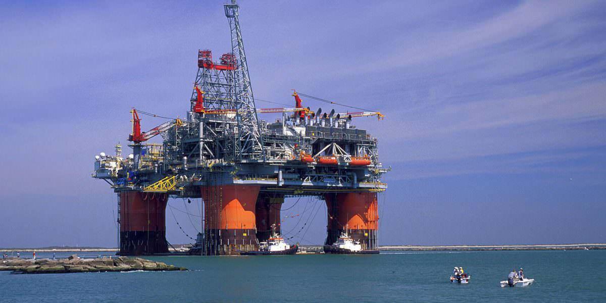 Reservas de petróleo bajan en 2,6 millones de barriles