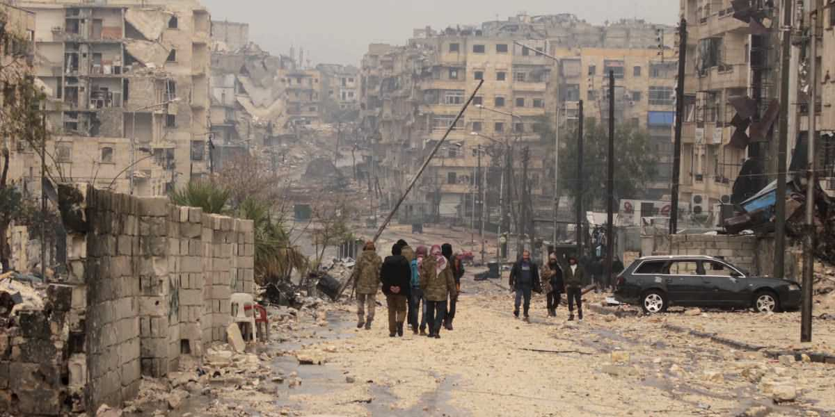Combatientes podrán salir de zona rebelde en Siria