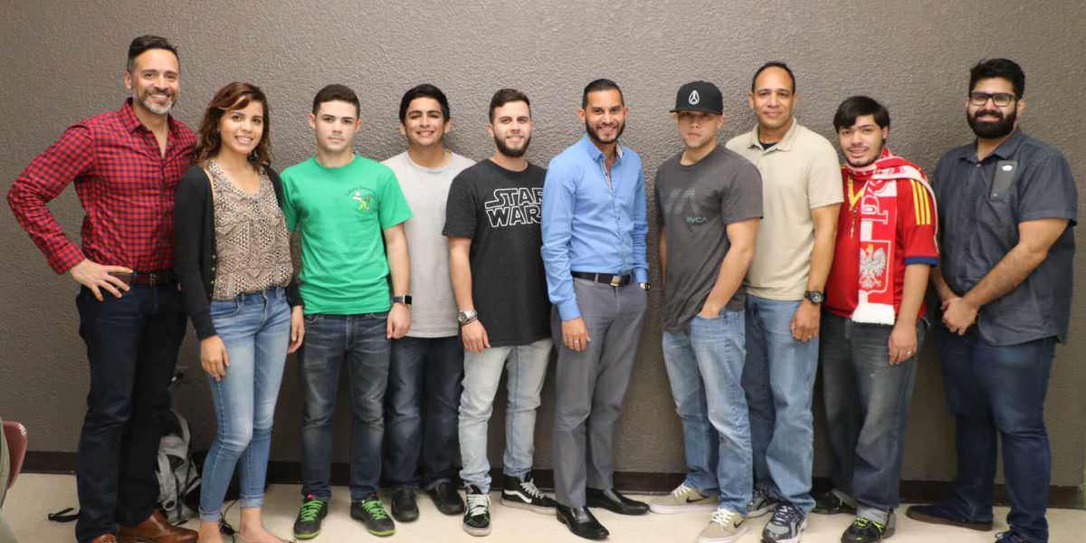 Metro conversa sobre Cuba con los universitarios