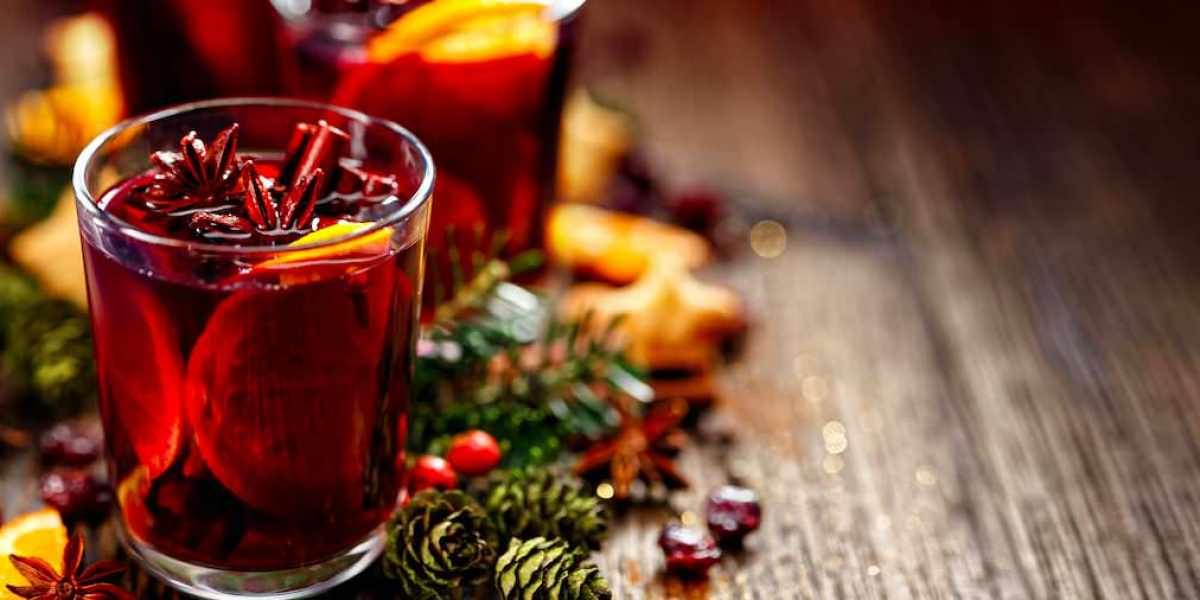 Disfruta la alegría navideña en cada sorbo