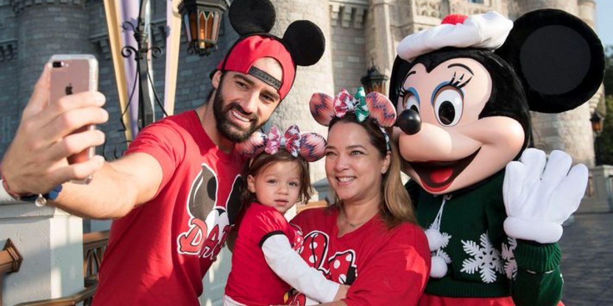 Alaïa disfruta sus primeras vacaciones en Disney