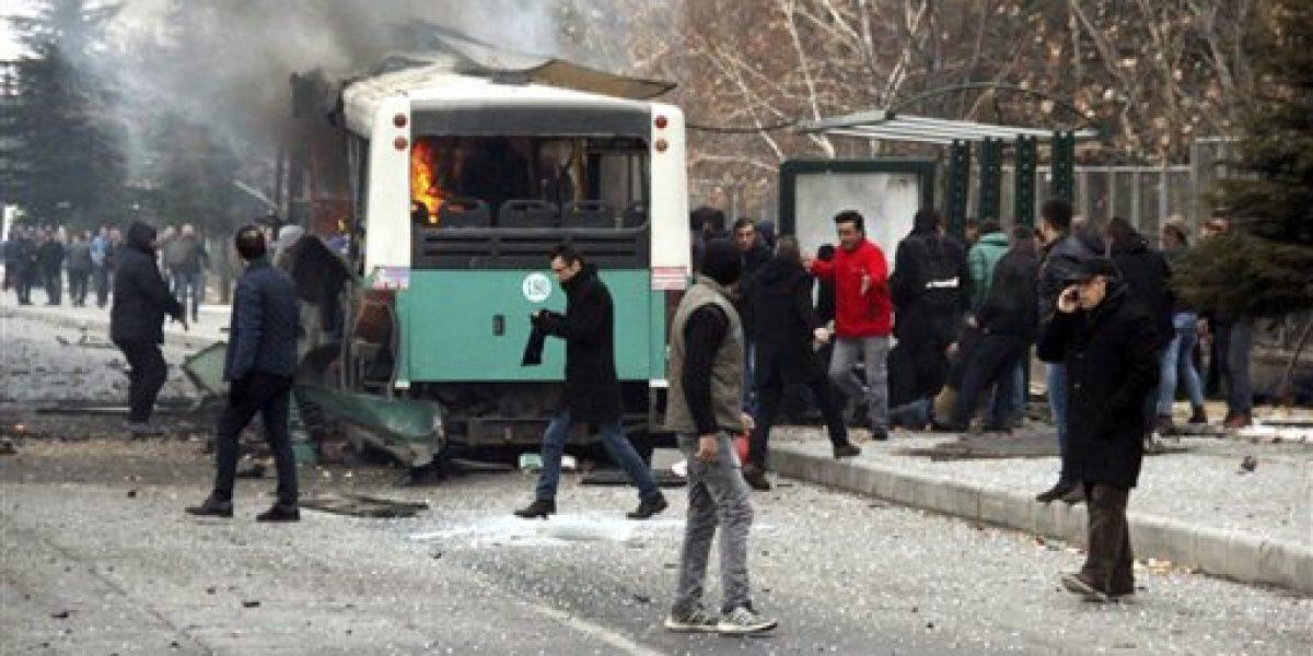 Atentado en Turquía deja 13 soldados muertos