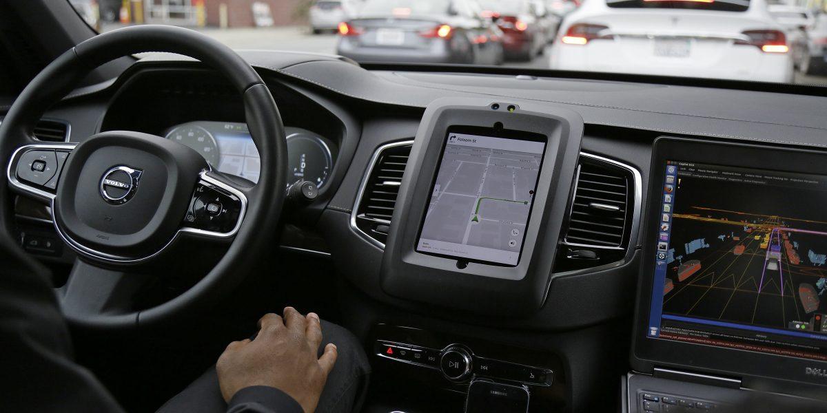 Conductores Uber protestan en París