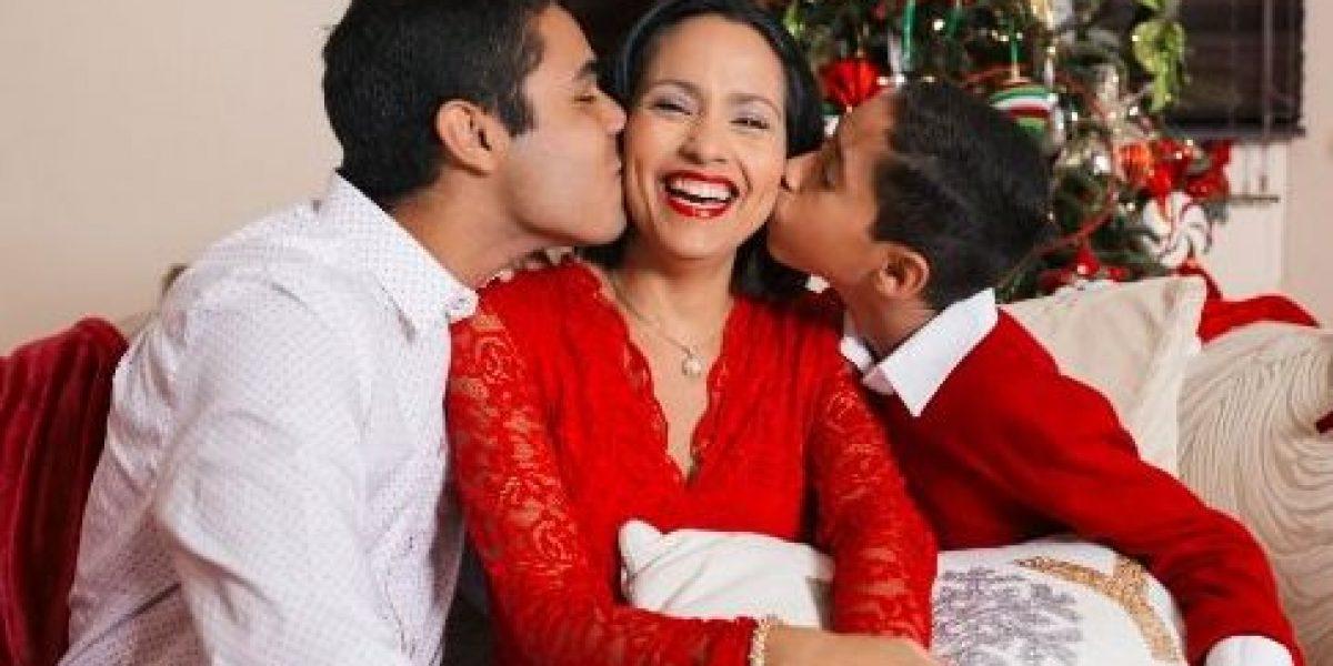 Keylla comparte tiernas fotos de Navidad con su familia