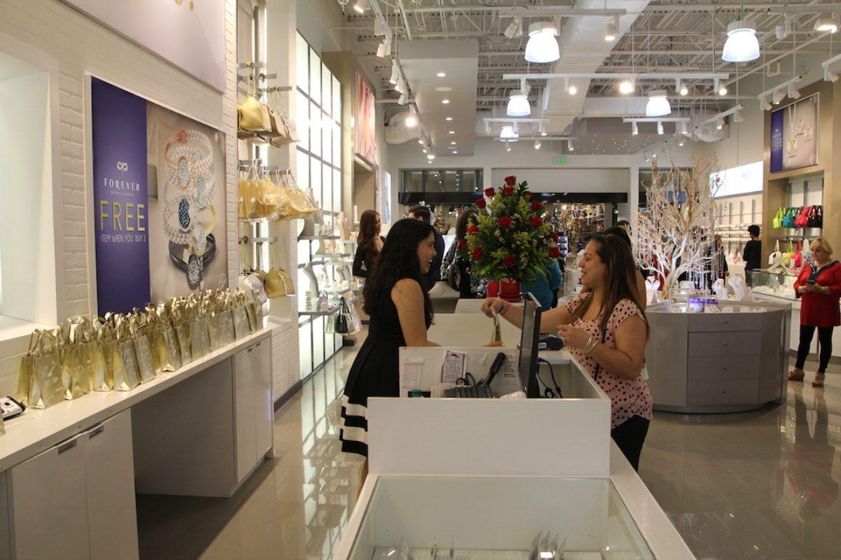 Forever abre tienda en Plaza Carolina. Imagen Por: