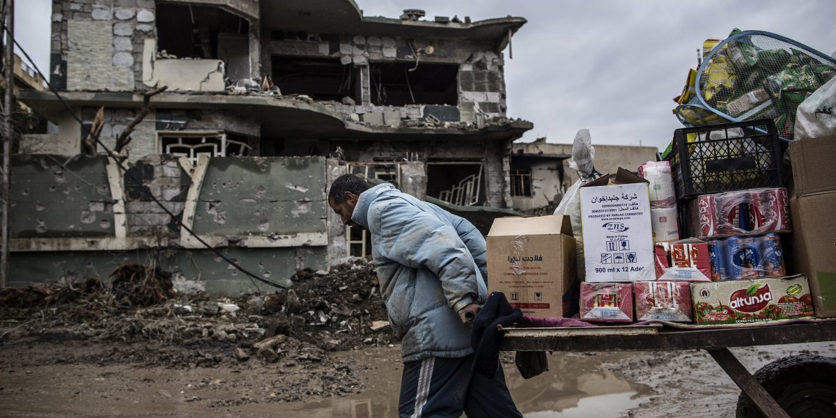 Denuncian tortura de Estado Islámico a civiles en Mosul